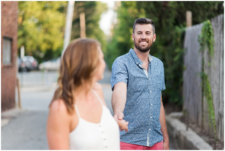 broad-ripple-indianapolis-engagement-photographers_1536.jpg