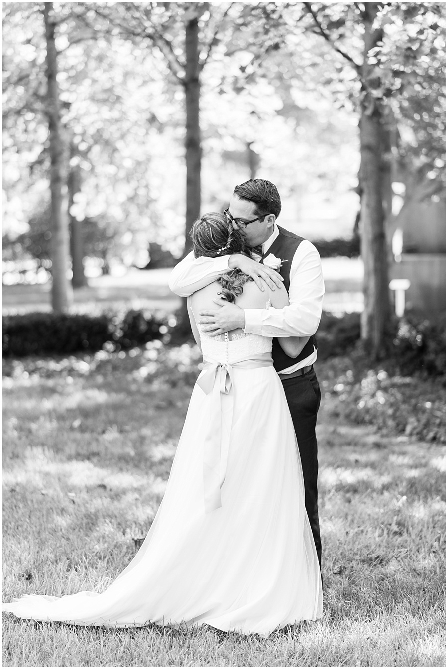 the-willows-broad-ripple-weddings-photographers-indianapolis_3358.jpg