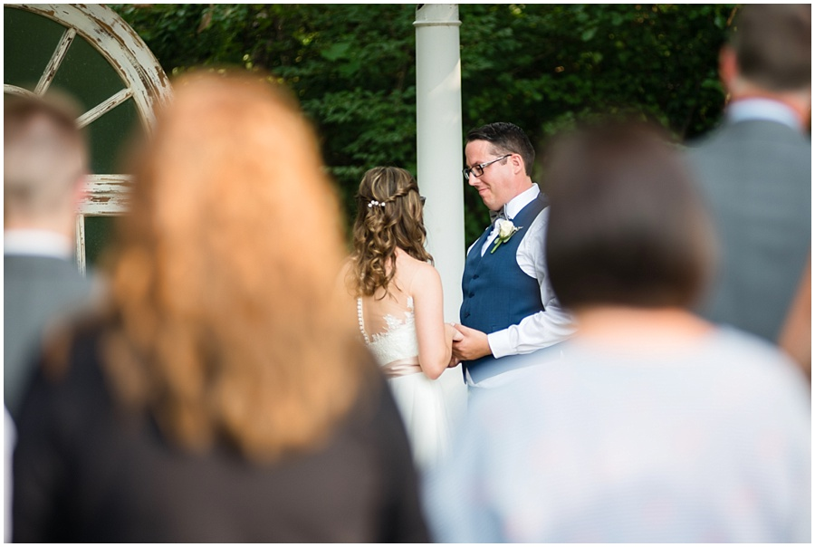 the-willows-broad-ripple-weddings-photographers-indianapolis_3416.jpg