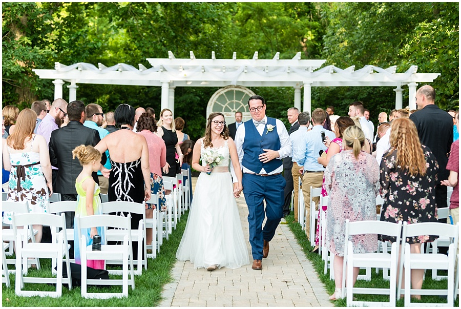 the-willows-broad-ripple-weddings-photographers-indianapolis_3425.jpg