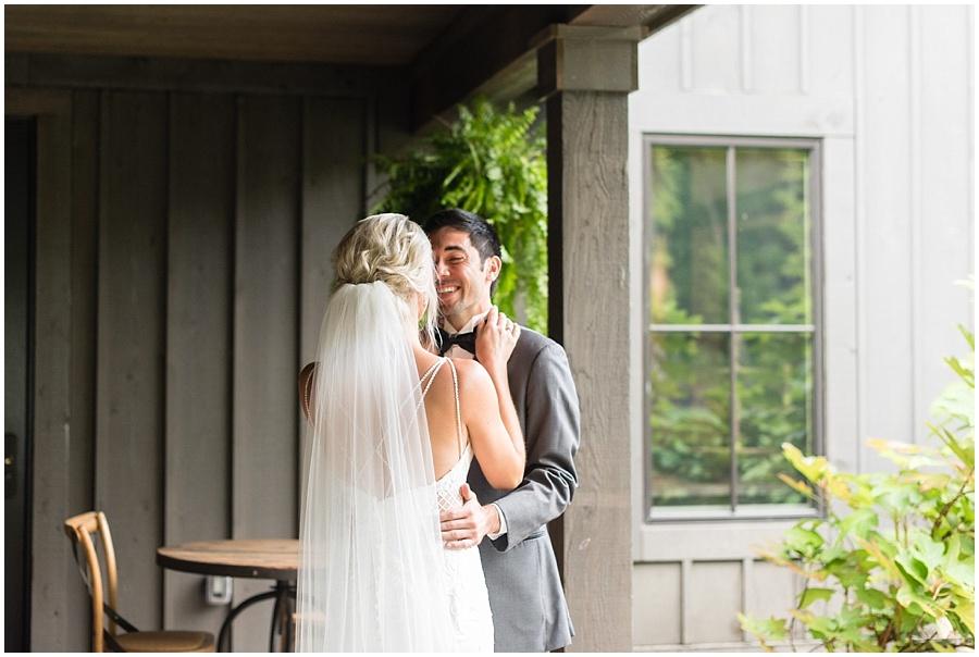 barn-at-bay-horse-wedding-indianapolis-photographers_3532.jpg