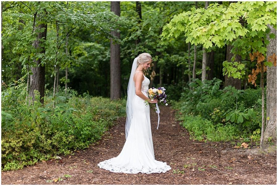 barn-at-bay-horse-wedding-indianapolis-photographers_3565.jpg