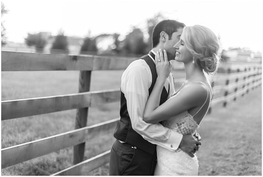 barn-at-bay-horse-wedding-indianapolis-photographers_3627.jpg