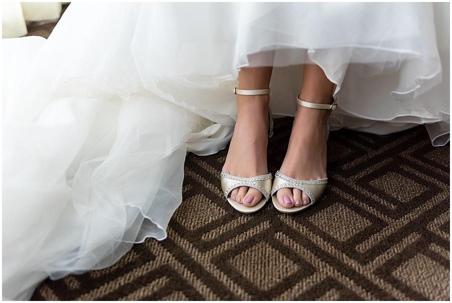 omni-indianapolis-st-john-wedding-photographers-indiana_3689.jpg