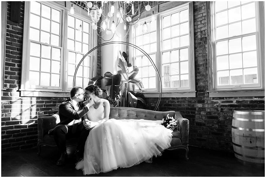 TINKER-HOUSE-INDIANAPOLIS-PHOTOGRAPHERS-WEDDINGS_4342.jpg