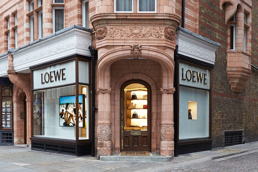 loewe-mount-street-store-000.jpg