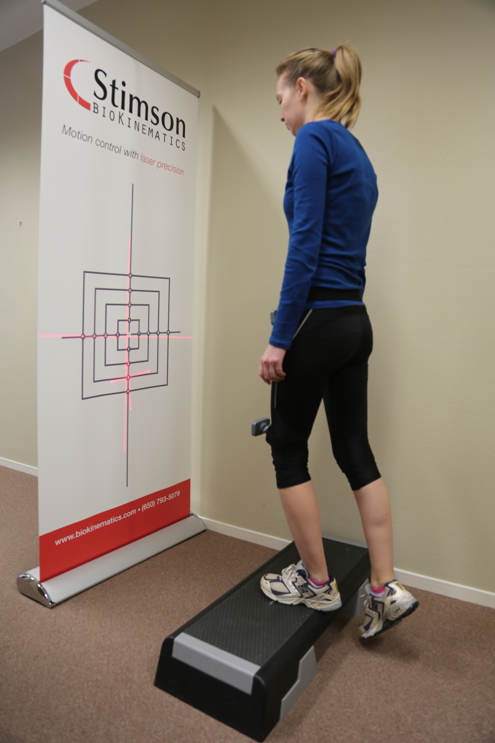 TRACKING HIP ROTATION AND PELVIC STABILITY
