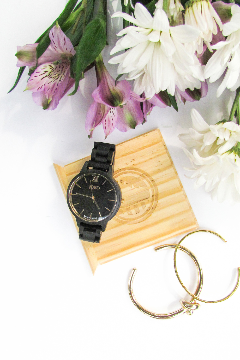 JORD Wood Watch - Frankie in Ebony & Gold - Southern New Yorker