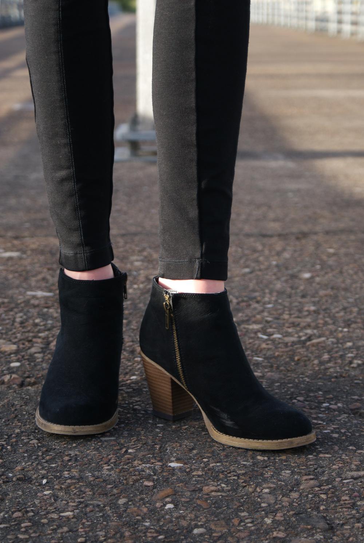 steve madden block heel black ankle boots