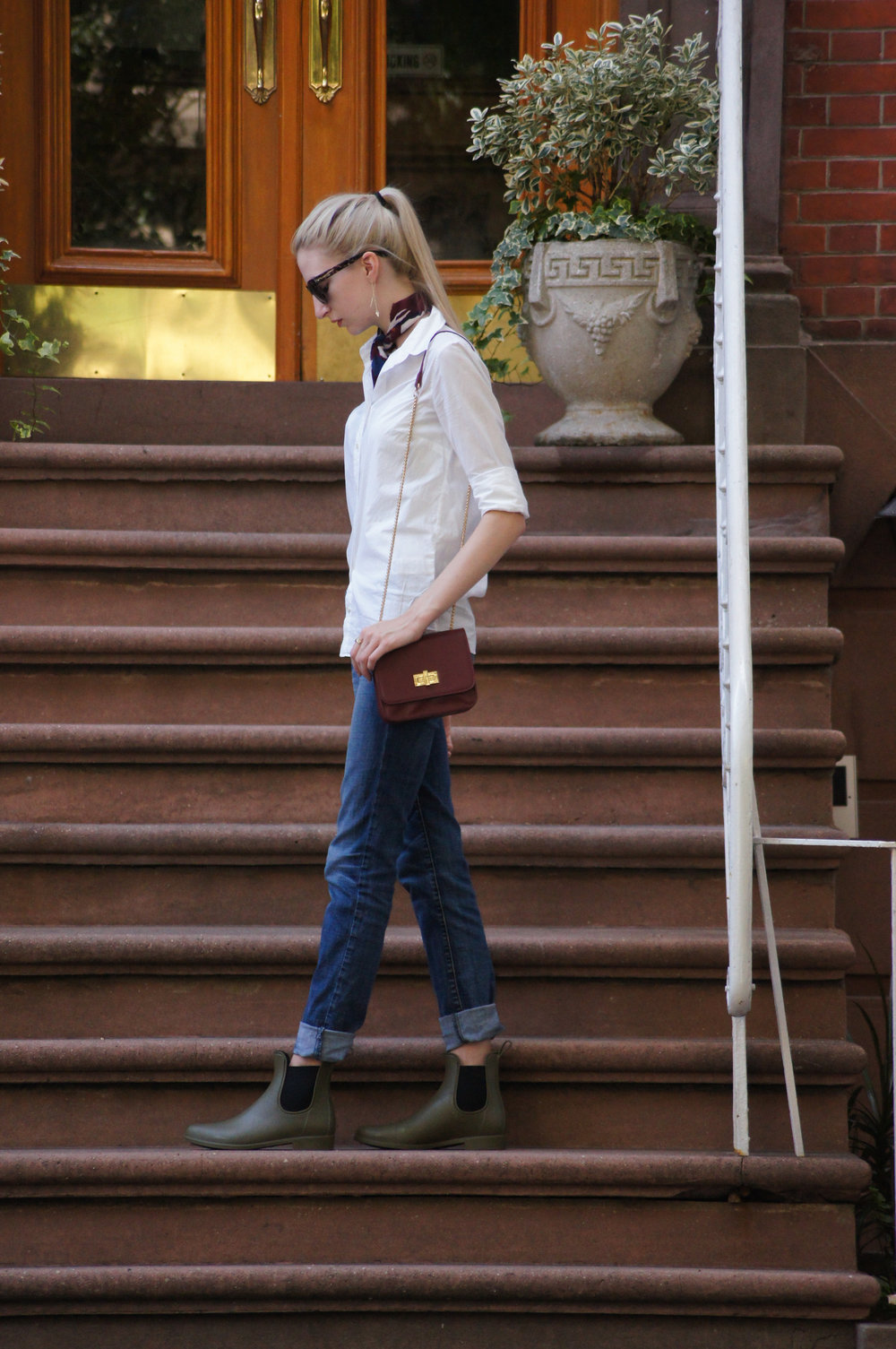 J.Crew white perfect shirt and wilderness knot tied neck scarf, american eagle relaxed jeans, J.Crew matte chelsea rain boots in olive green, LOFT oversized sunglasses, Kendra Scott elisia drusy necklace and kimmel threader earrings, whowhatwear micro bag in burgundy