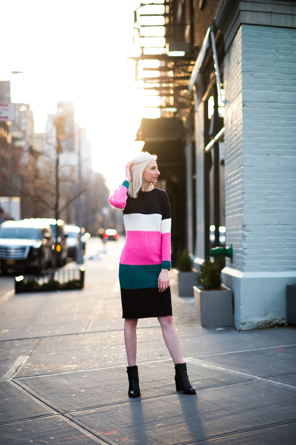 bold striped sweater maxi dress, black block heeled ankle booties, fall outfit ideas, winter style, platinum blonde,