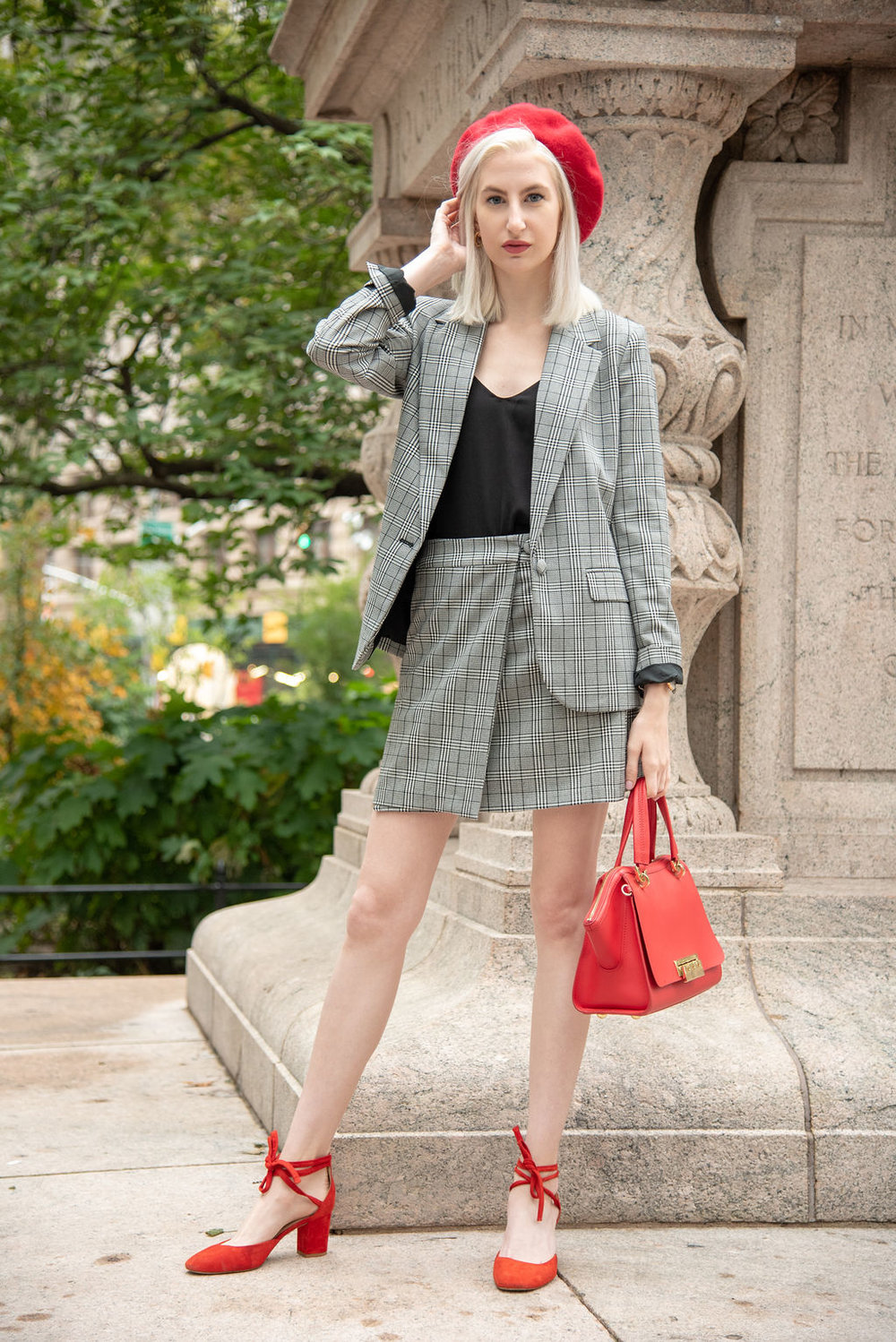 plaid suit, red beret, pantsuit outfit, jcrew outfit, fall style, new york city, daniel wellington, zac posen trapeeze bag