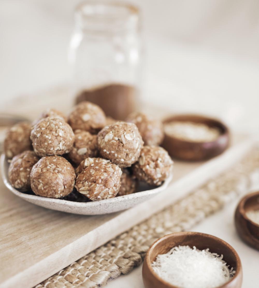 Snack 1: Cinnamon Protein Bites