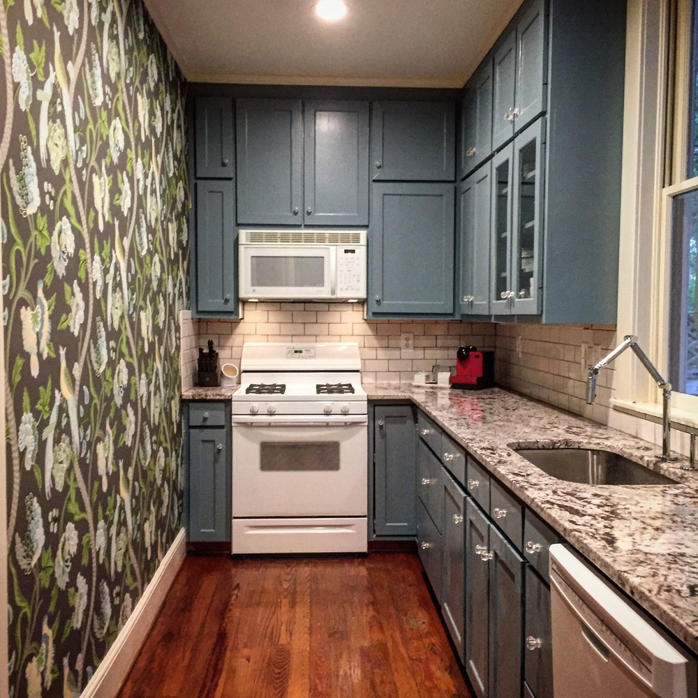 Although it's still small, the new kitchen is quite beautiful!