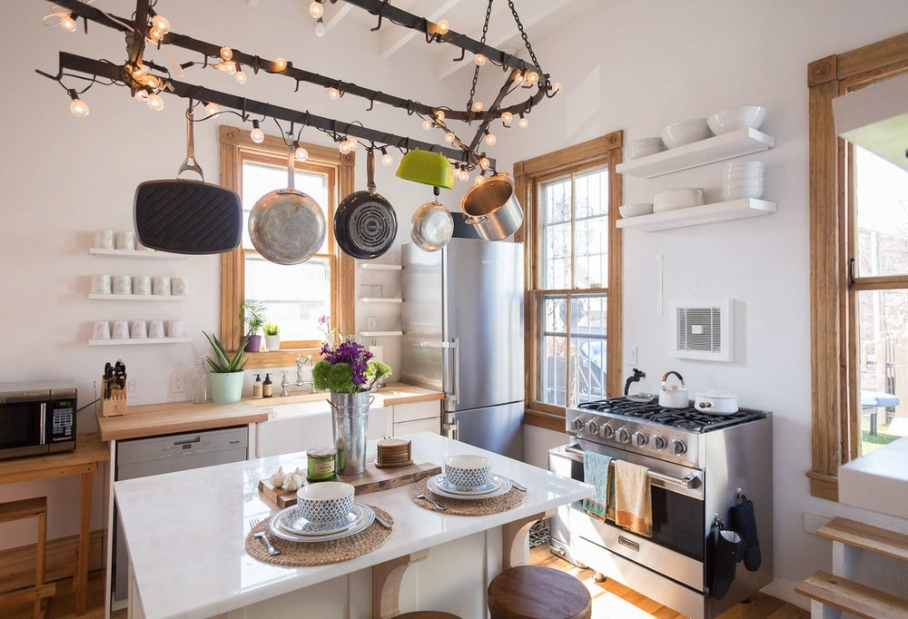 Urban farmhouse hudson river studios for Urban farmhouse kitchen