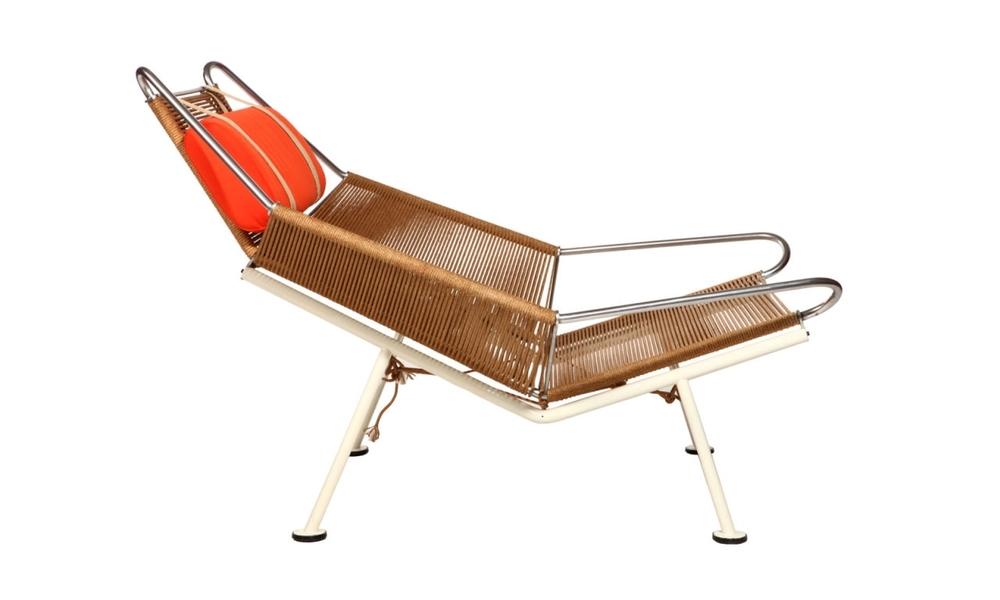 bureau-des-recommandations-lounge-chair-pp-møbler-hans-wegner-flag-halyard-pp225-side.jpg