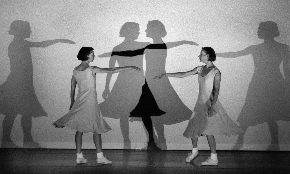 bureau-des-recommandations-dance-performance-fase-four-movements-to-the-music-of-steve-reich-anne-teresa-de-keersmaeker.jpg