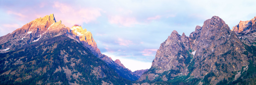 Sunrise over the Tetons : Wyoming