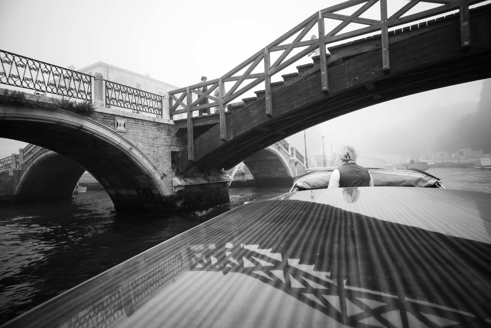 Departing Venice    Leica Monochrom 1/90s F19 ISO1250