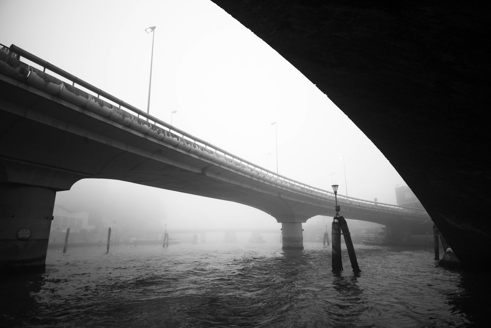 Departing Venice, more bridges, more fog     Leica Monochrom 1/250s F11 ISO1250