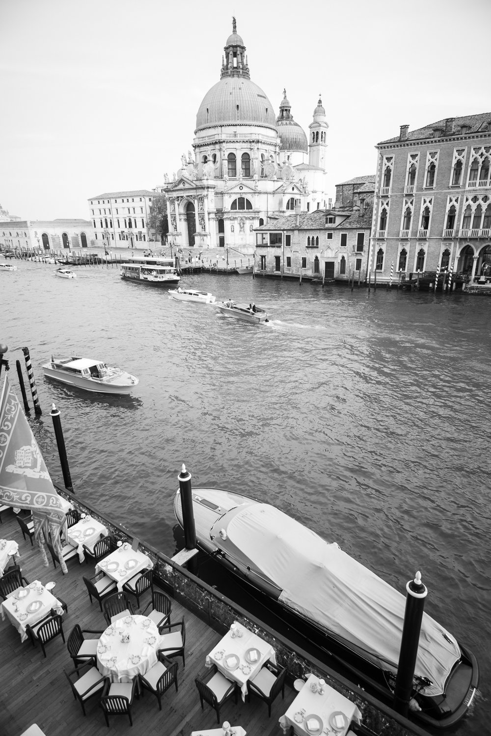 Views from Gritti Palace     Leica Monochrom 1/45s F13 ISO 1000