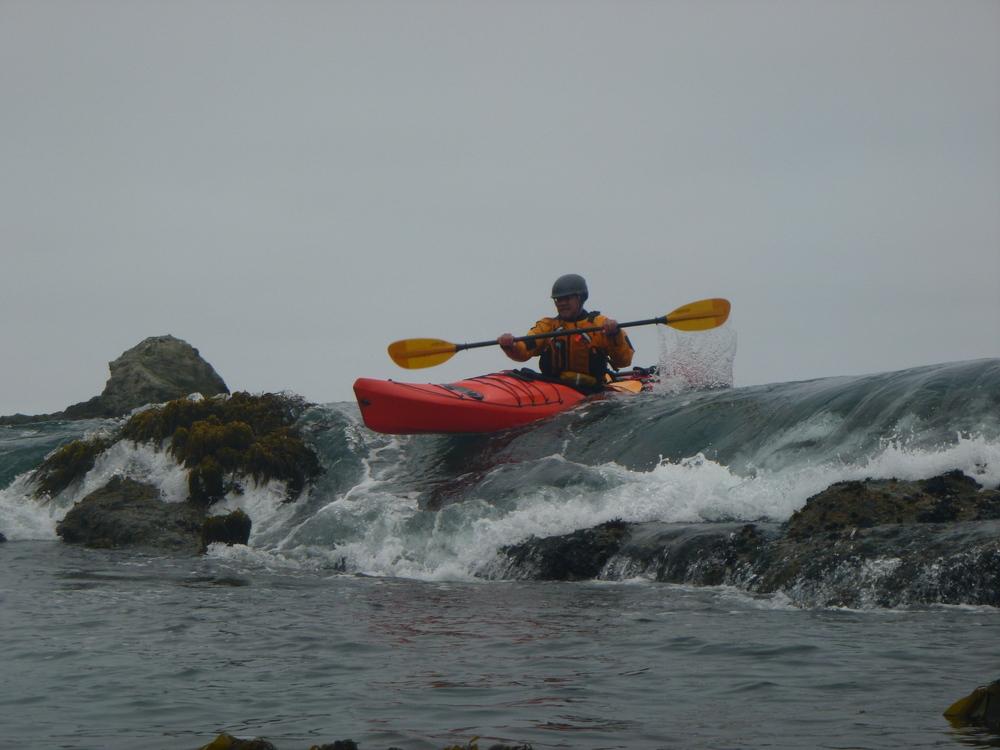 sea kayak rock gardening mendocino