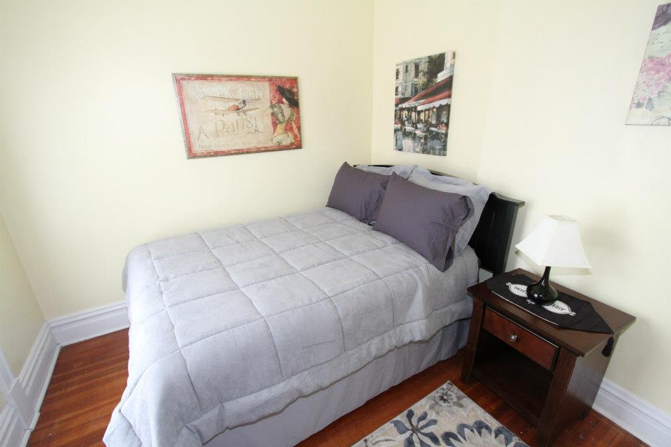 Bedroom (2nd Floor).jpg
