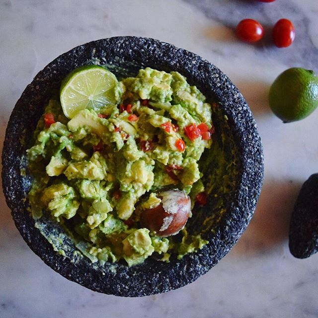 It's guac o'clock. Knew that #molcajete would come in handy one day. 🥑 #guac #homemade #guacamole #rgv #riograndevalley