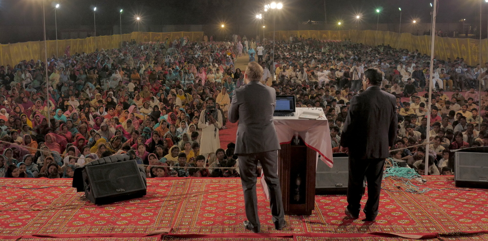 Ministering in South Asia the 2nd night of the crusade
