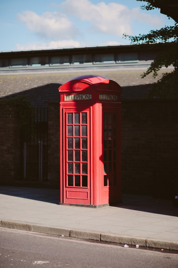 red telephone booth-23.jpg