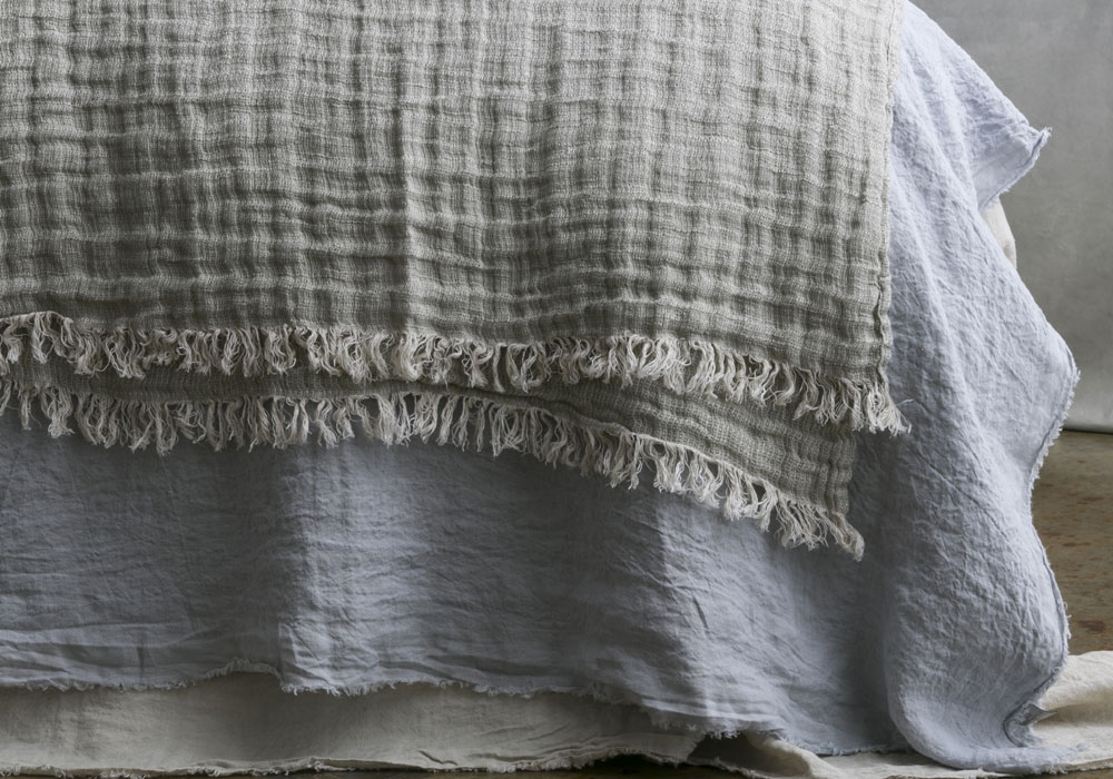 linen-throw-argent-crush.jpg