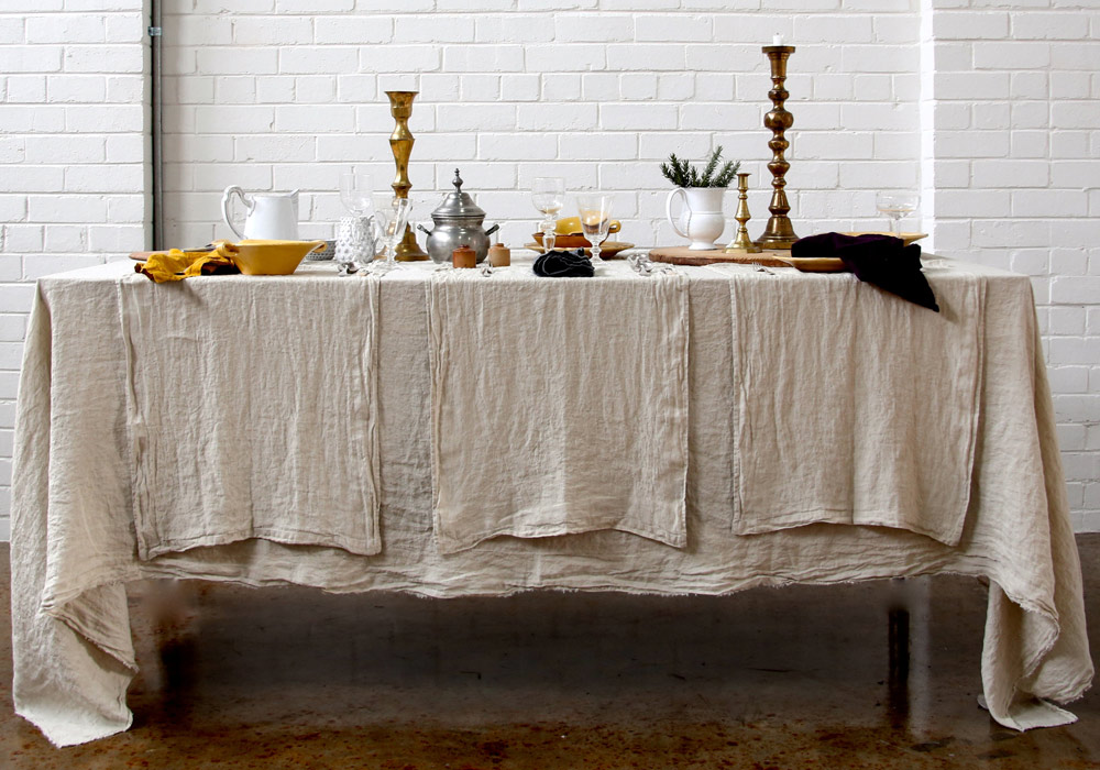 linen-tablecloth-basix-sable.jpg