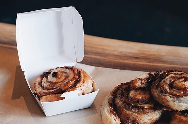 How about a little treat for your hump day meeting? Our mini cinnamon rolls are the perfect little indulgence. . . . . . . #cinq #cinqfoods #cinnamonrolls #pastry #pastriestoronto #cinqfoodscatering #toronto #torontofood #torontoeats #tofood #foodto #foodtoronto #eventcatering #eventcaterers #torontocaterers #catererstoronto #cateringto #cateringtoronto #foodieto #tofoodie #torontofoodie #instafood #blogto