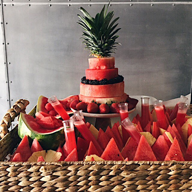 Happy First Day of Summer! We are in full summer event mode 🍉Make sure to check out our updated menu, link in bio! . . . . #cinq #cinqfoods #summertime #summermenu #watermelon #cinqfoodscatering #toronto #torontofood #torontoeats #tofood #foodto #foodtoronto #eventcatering #eventcaterers #torontocaterers #catererstoronto #cateringto #cateringtoronto #foodieto #tofoodie #torontofoodie #instafood #blogto