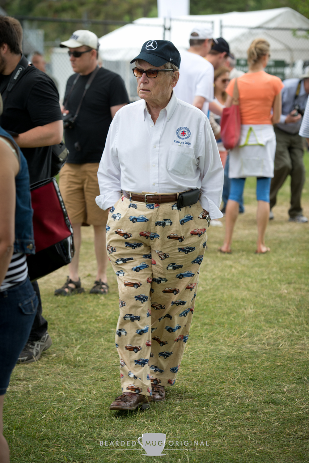 I need to find me a pair of these pants. Styling!