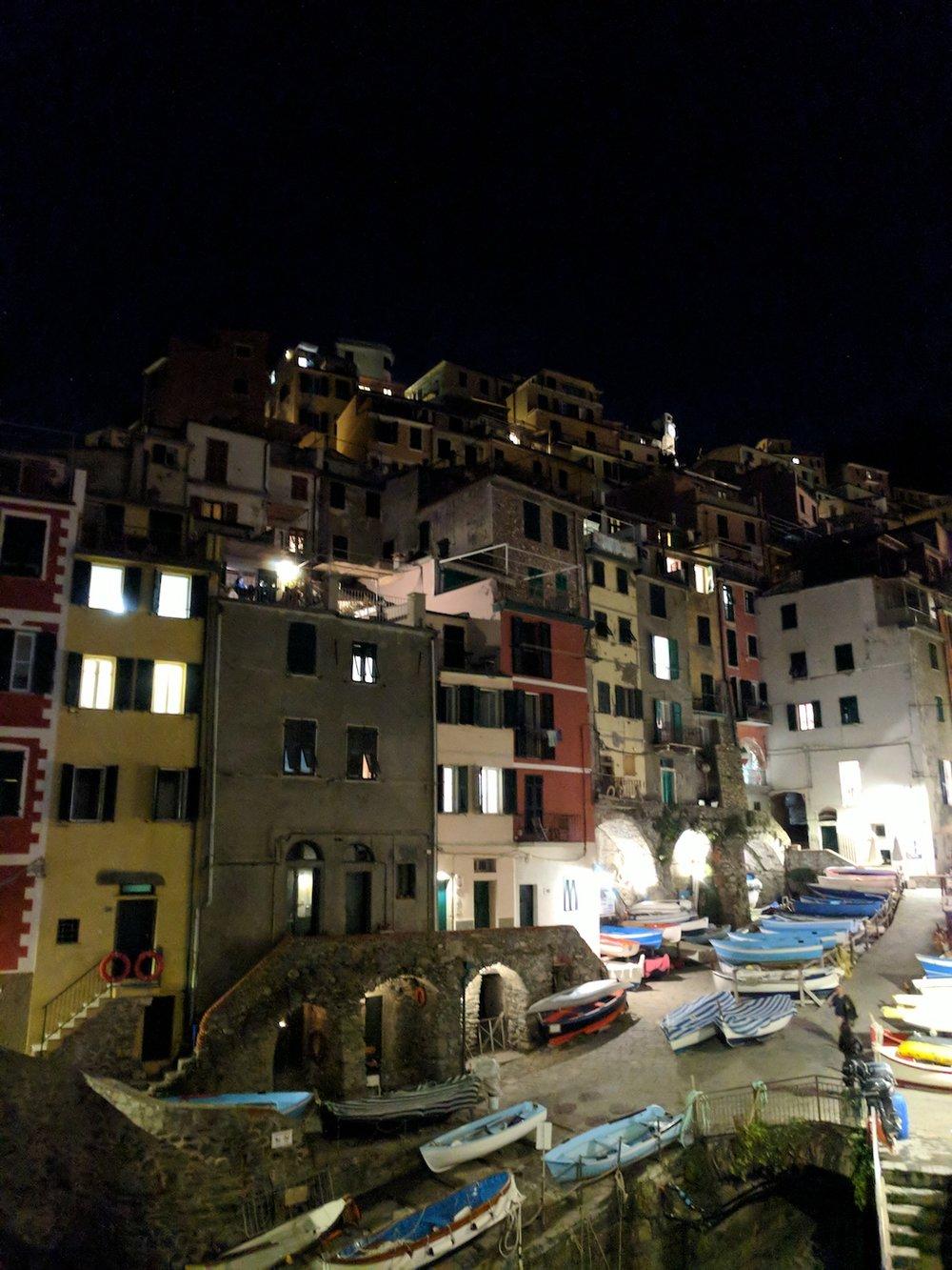A night in Riomaggiore (Cinque Terre)