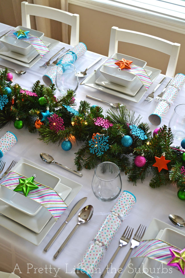 Colourful-Christmas-Table-Setting-8A-Pretty-Life.jpg