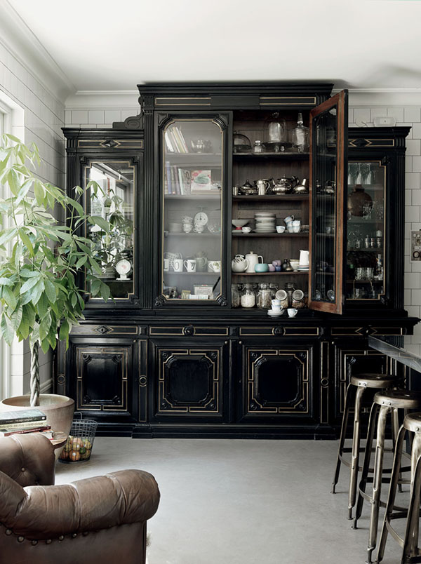 a-swedish-home-with-history-malin-persson-house-tour-via-coco-kelley_4.jpg