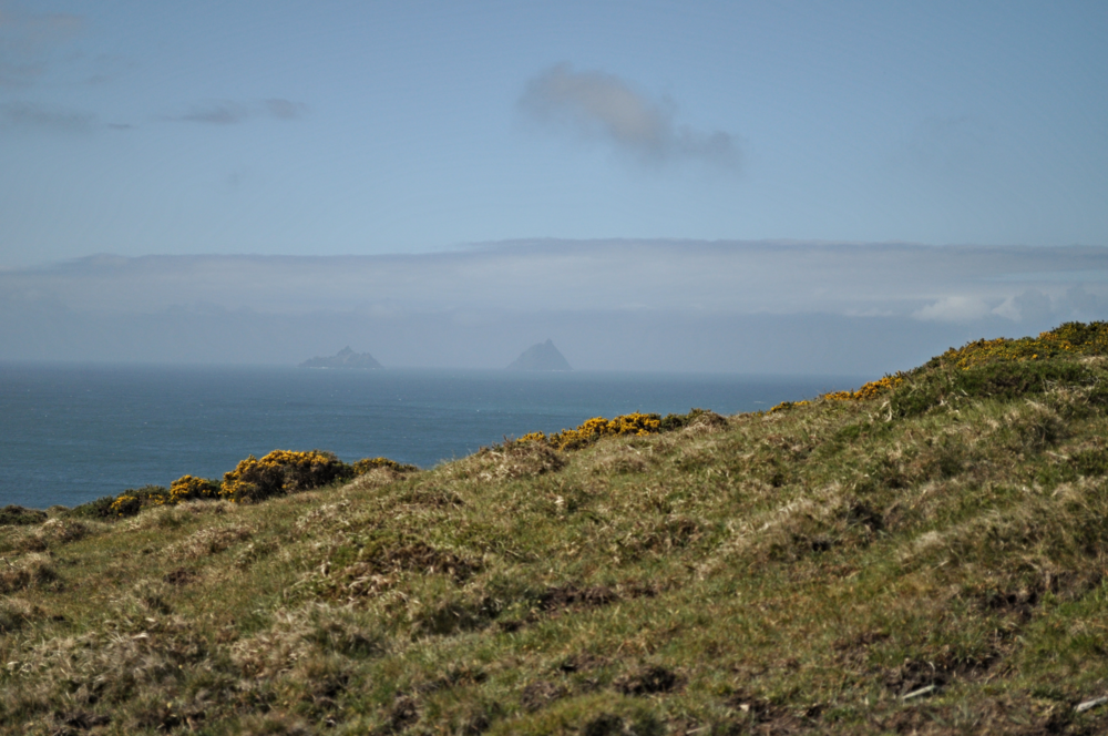 SKELLIG MICHAEL IN THE DISTANCE, IRELAND