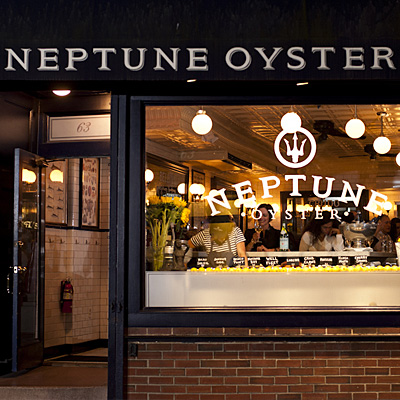 Neptune Oyster, Salem Street, Boston