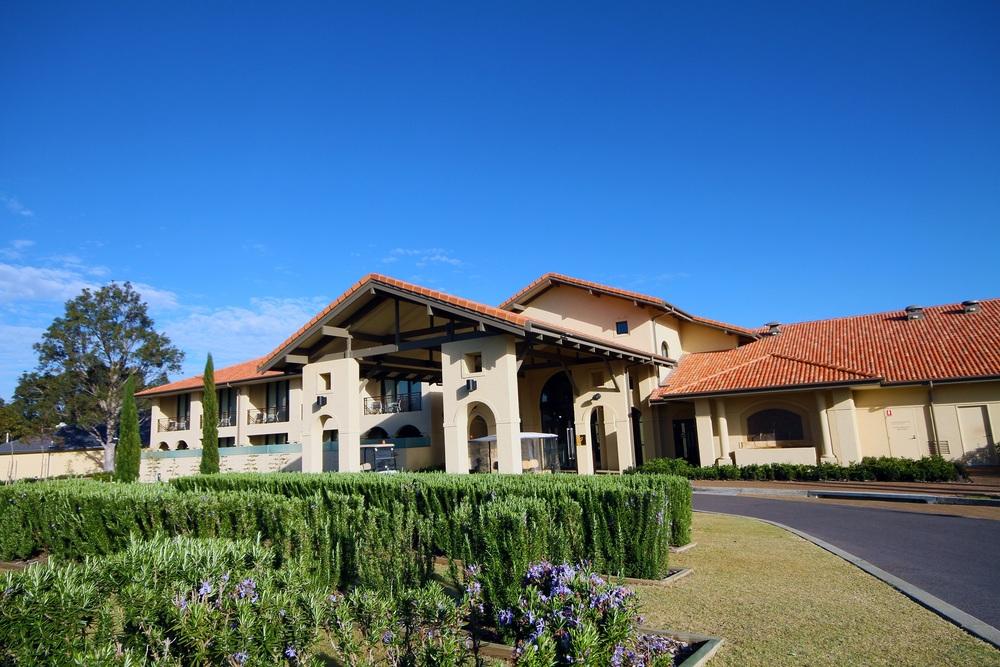chateau-elan-at-the-vintage-hunter-valley-australia-luxury-hotel-accommodation (9).jpg