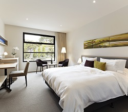 quarters-flinders-hotel-victoria.jpg
