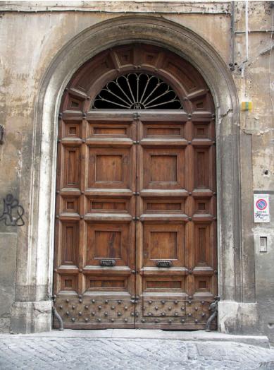 Doorway along the Siene