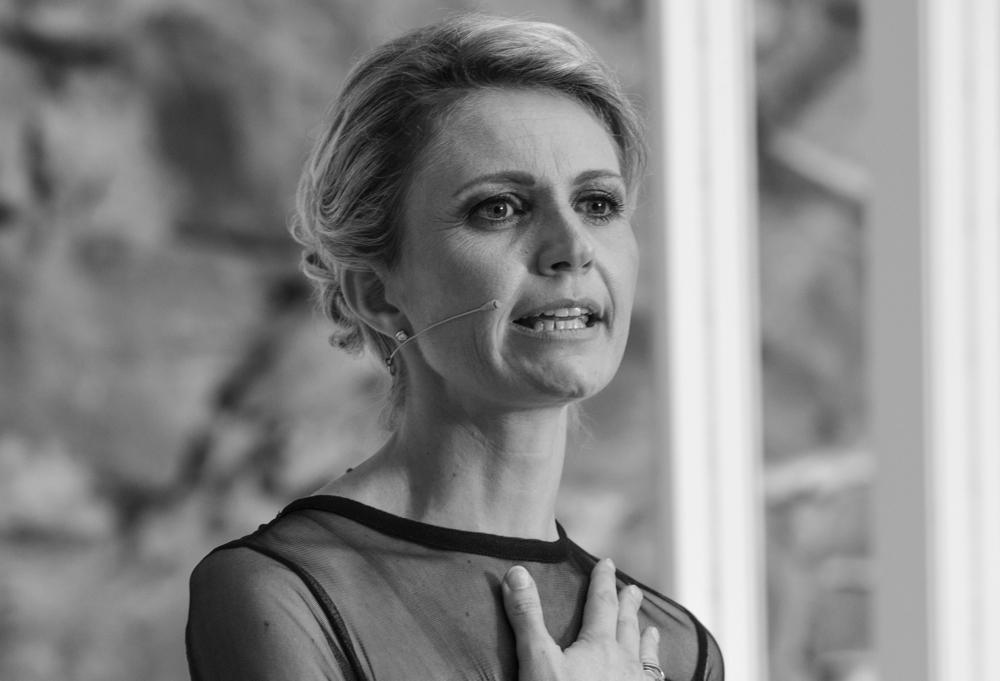 Dr. Sandra Hutterli