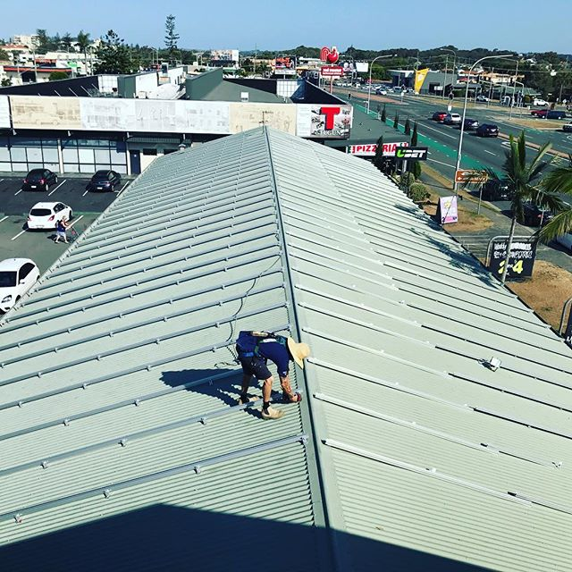 Day 1 of our 91.8 kW solar installation for Tugun Fruit Village went well. Stay posted as we install 270 power optimised solar panels to help this local supermarket get off the grid.