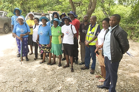 Community health volunteers are helping to tackle the spread of Malaria (Photo: Anglican Alliance)