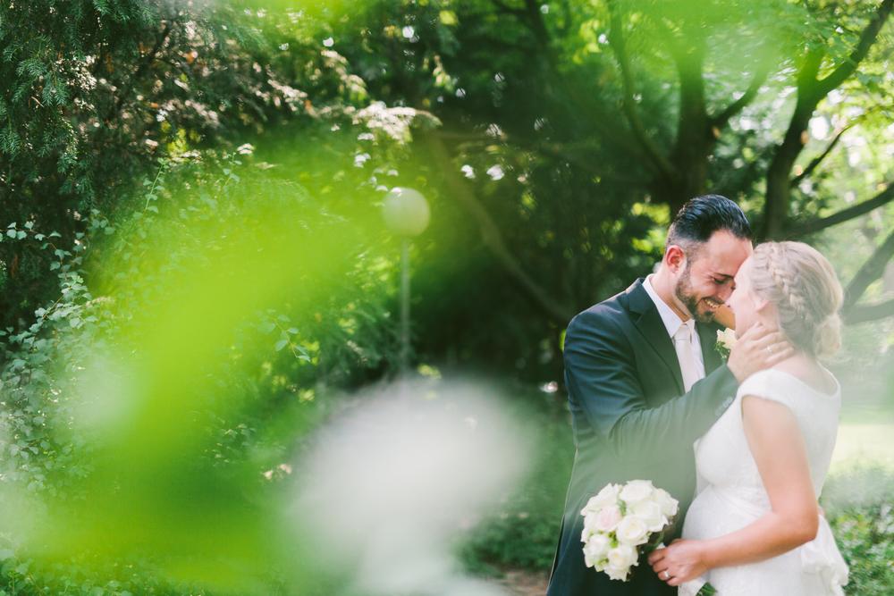 Heiraten mit Babybauch - Hochzeitsshooting in der Villa Zander in Bergisch-Gladbach