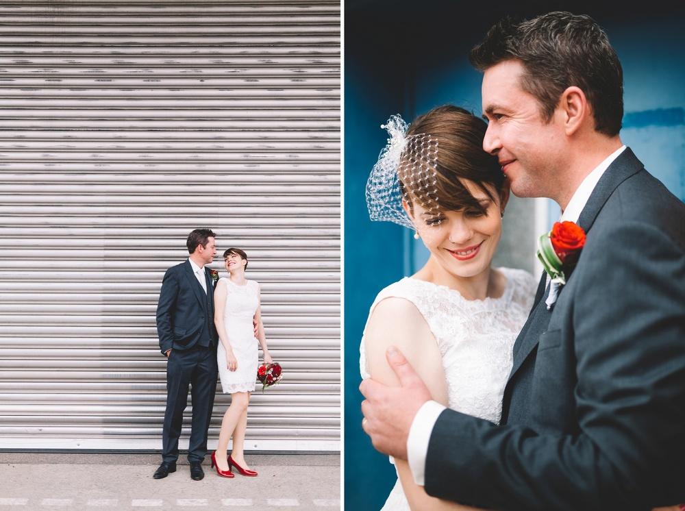 Moderne Hochzeitsfotos - ein Brautpaar im Industriegebiet in Ludwigsburg