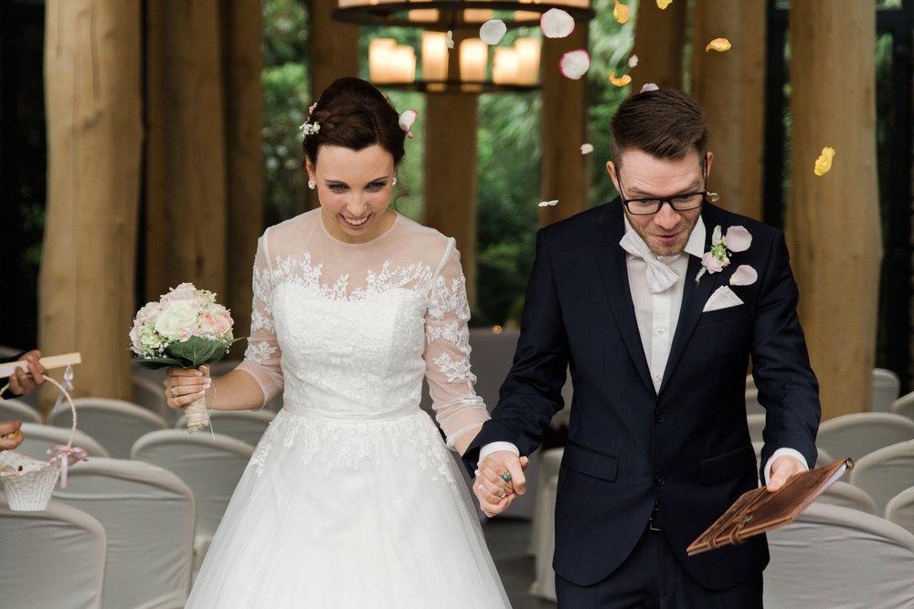 Darya Gulyamova Fotografie - Standesamtliche Trauung im Landhotel Voshövel - Hochzeitsreportage Ruhrgebiet