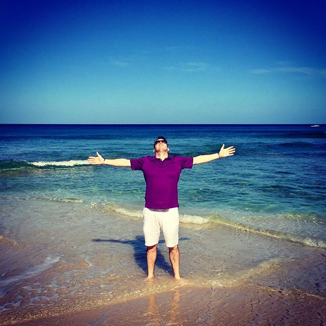 """Working"" (😜) in paradise #barbados #barbados🇧🇧 #barbados2017 #carribbean #friday #fridayfun #beach #sand #sea #bluesky #purple #waves #eventplanner #eventprofs #incentivetrip #incentives"